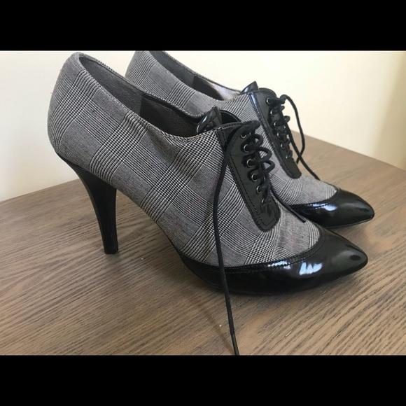 162dcd8a4d0 Circa Joan and David Lace Up Heels Booties Size 10.  M 5b44b661aaa5b8ec8c90997f
